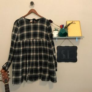 Zara Trafaluc long sleeve plaid flare top size M